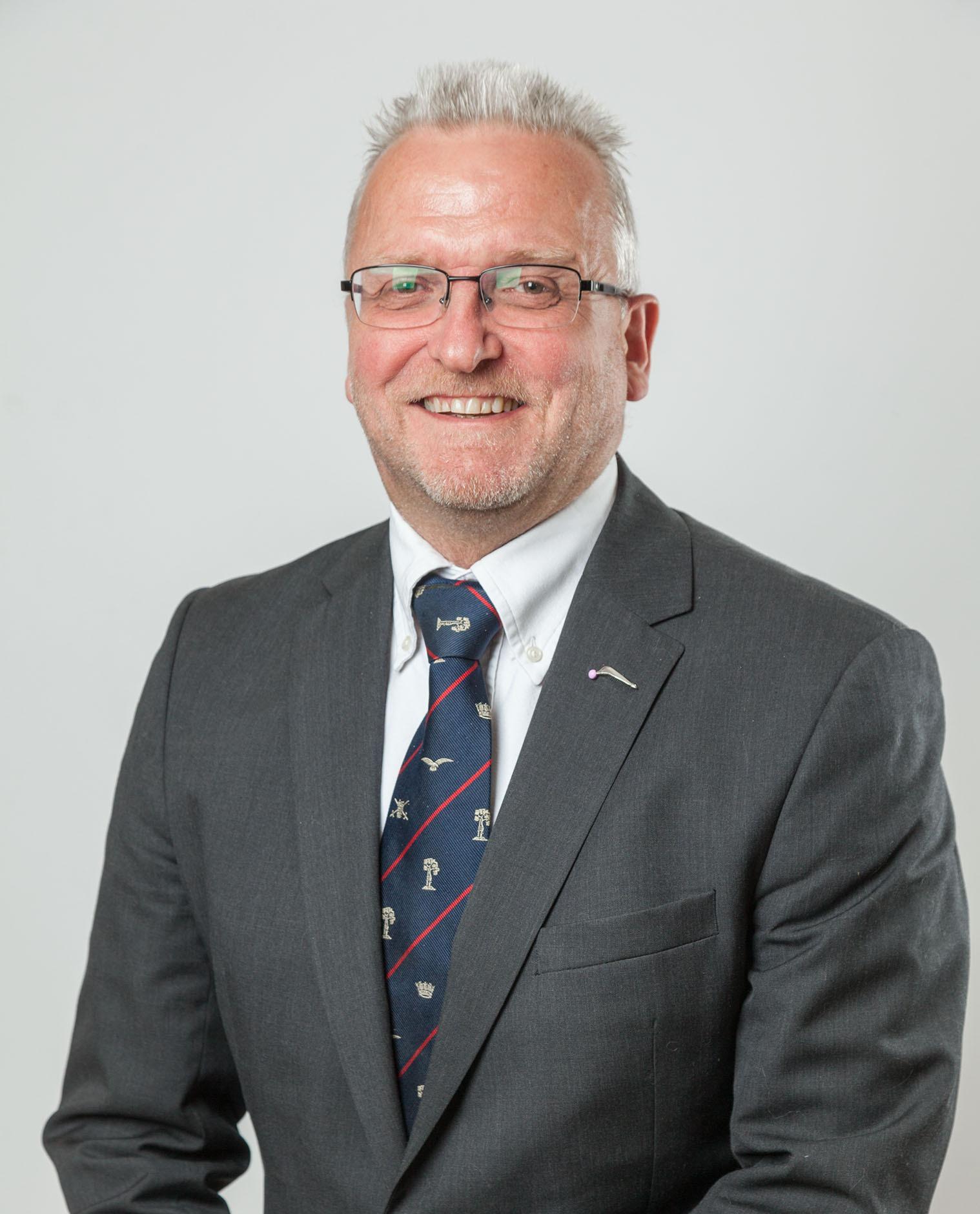 Mr Andrew Bruce